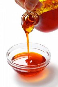 Image palm oil jugdreamstimexs26300188 thumb 2x