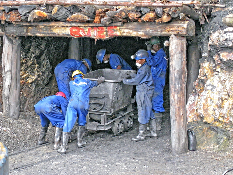 Image trans metal mine dreamstime s 96946014